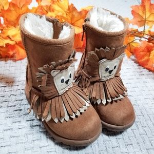 Brown faux suede warm Winter Lion boots